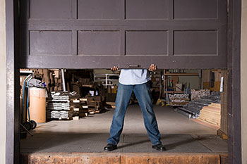 State Garage Door Service New York, NY 212-918-5381